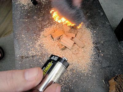 Battery & Steel Wool